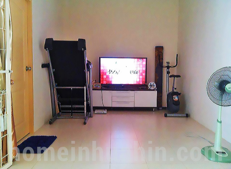 Hua hin 2 bed house for sale living room home in hua hin for Living room for sale