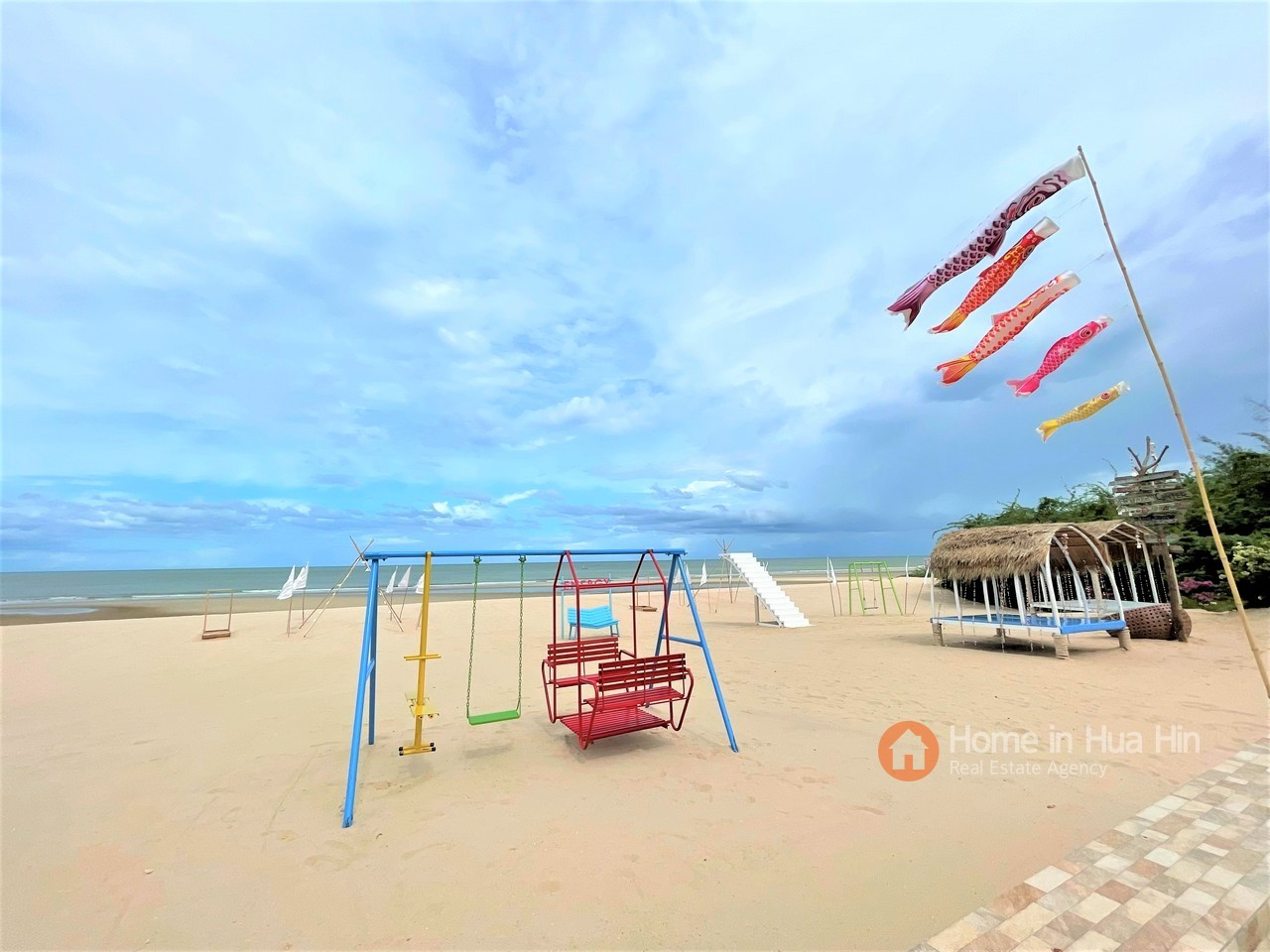 Beach Front Condo Apartment in Cha Am for SALE